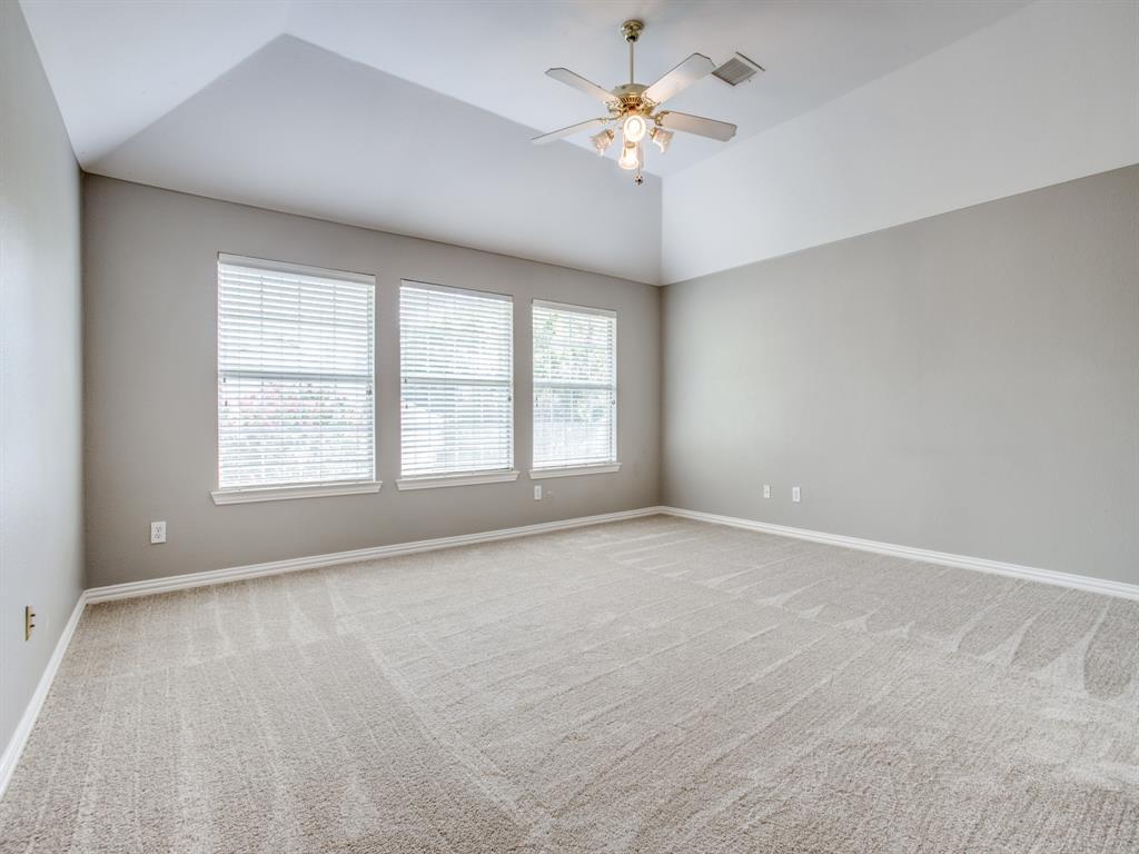 4901 Plantation  Lane, Frisco, Texas 75035 - acquisto real estate best realtor foreclosure real estate mike shepeherd walnut grove realtor
