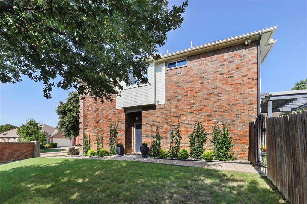 2353 Leafy Glen  Court, Bedford, Texas 76022 - acquisto real estate best the colony realtor linda miller the bridges real estate