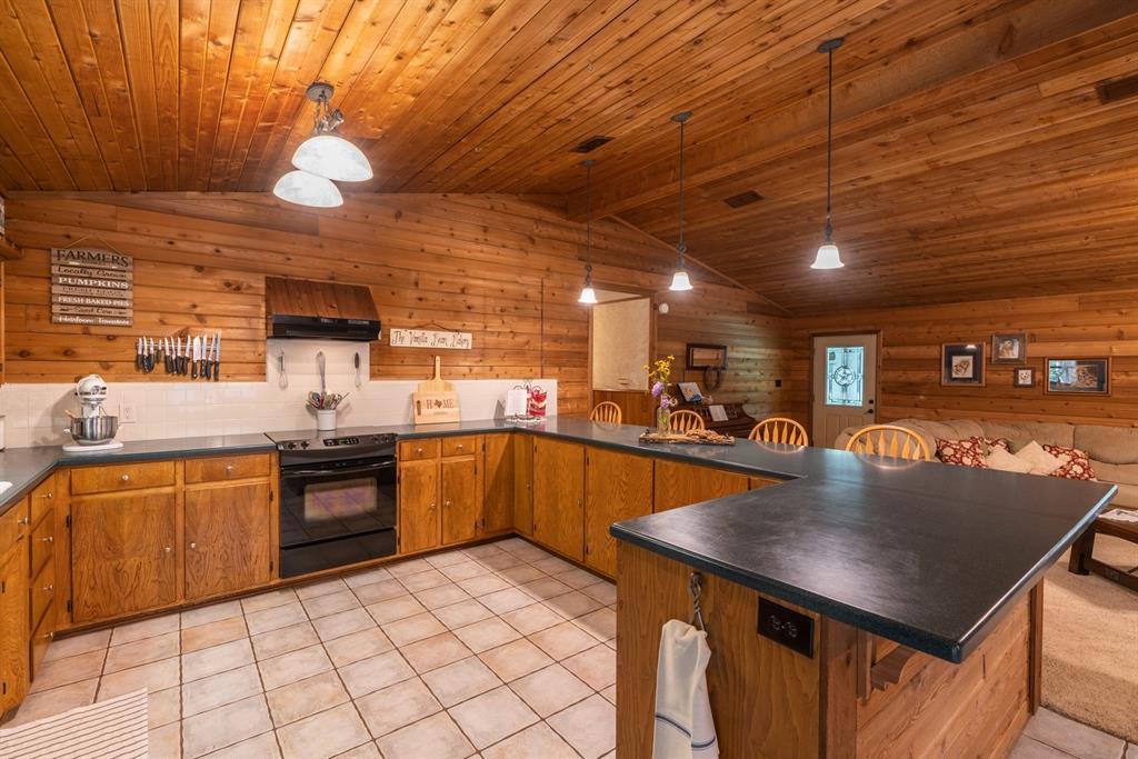 544 County Road 3202  Jacksonville, Texas 75766 - acquisto real estate best negotiating realtor linda miller declutter realtor