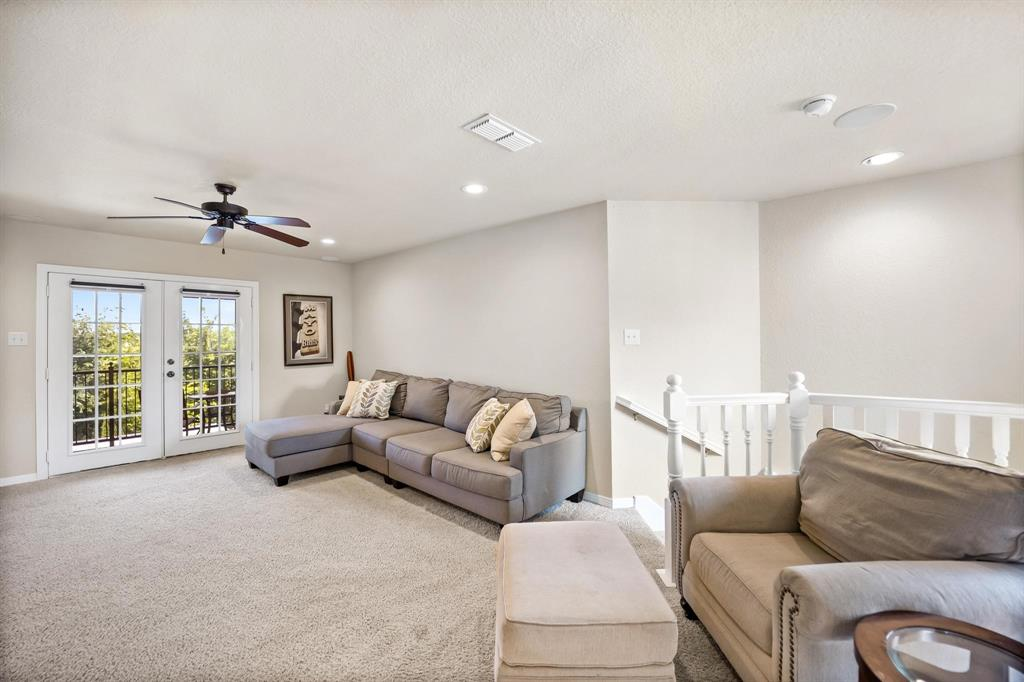 208 Bluff View  Aledo, Texas 76008 - acquisto real estate best negotiating realtor linda miller declutter realtor