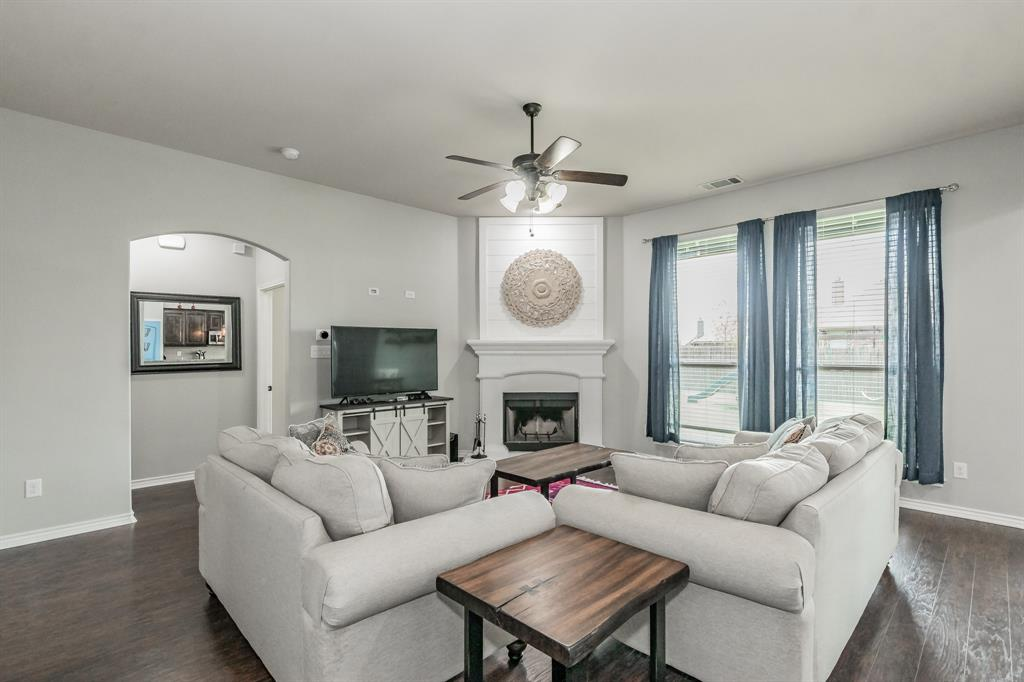 1204 Lantana  Lane, Burleson, Texas 76028 - acquisto real estate best style realtor kim miller best real estate reviews dfw