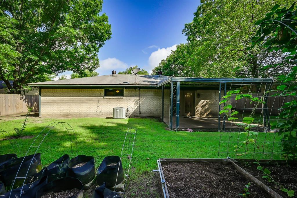 3709 Northpark  Drive, Corsicana, Texas 75110 - acquisto real estate mvp award real estate logan lawrence