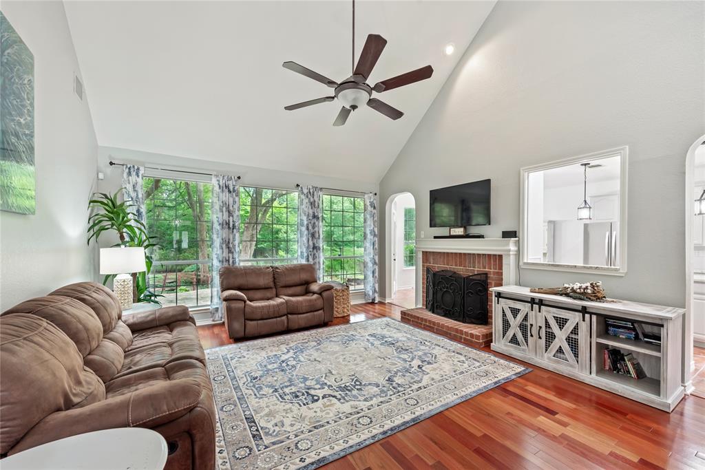 1121 Winding Creek  Drive, Grapevine, Texas 76051 - acquisto real estate best designer and realtor hannah ewing kind realtor