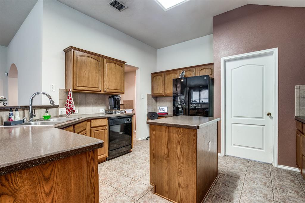 2100 Songbird  Drive, Forney, Texas 75126 - acquisto real estate best luxury buyers agent in texas shana acquisto inheritance realtor