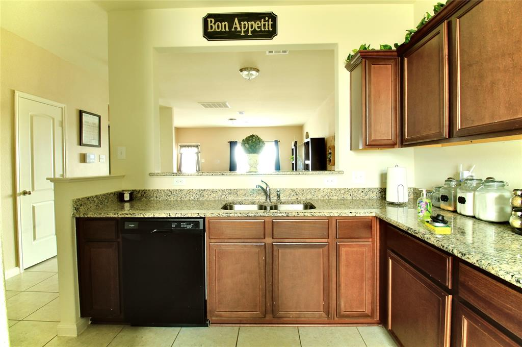 108 Kennedy  Drive, Venus, Texas 76084 - acquisto real estate best luxury buyers agent in texas shana acquisto inheritance realtor