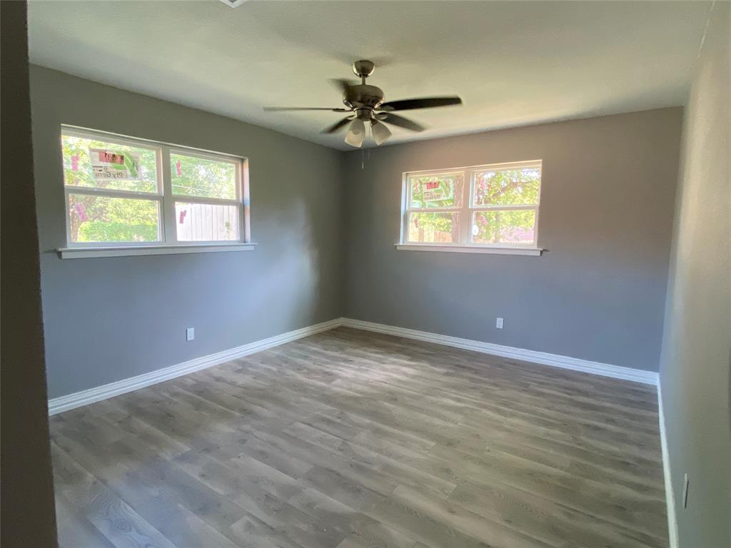 317 Hallmark  Drive, Fort Worth, Texas 76134 - acquisto real estate best realtor foreclosure real estate mike shepeherd walnut grove realtor