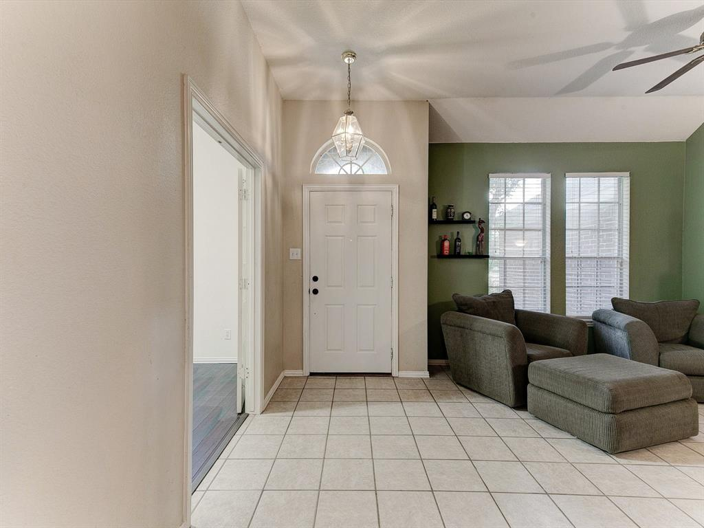 2830 Oakdale  Drive, Burleson, Texas 76028 - acquisto real estate best the colony realtor linda miller the bridges real estate