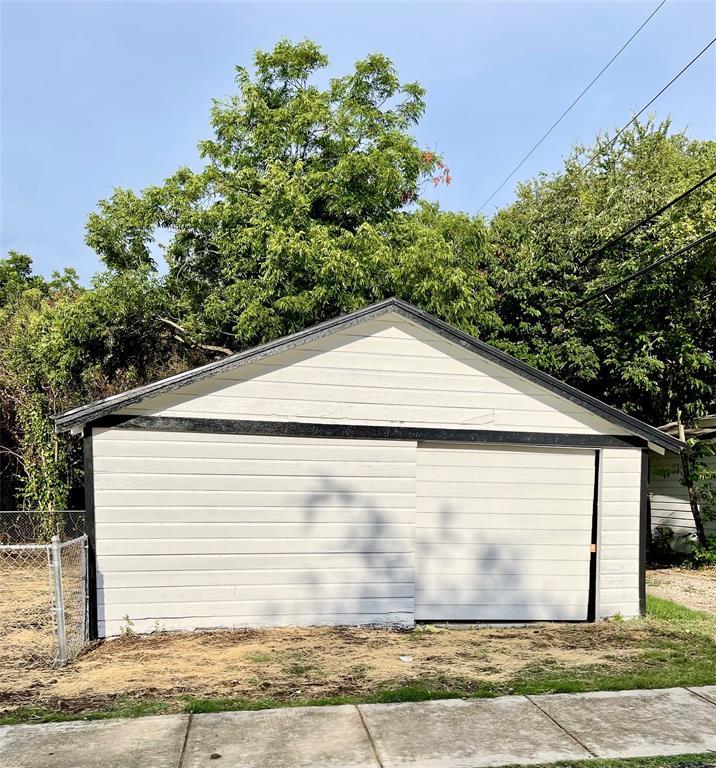4451 6th  Avenue, Fort Worth, Texas 76115 - acquisto real estate smartest realtor in america shana acquisto