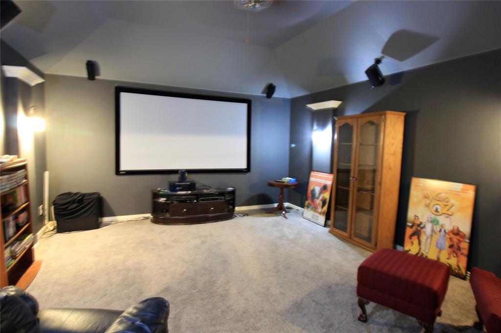 7109 New Bury  Court, Rowlett, Texas 75089 - acquisto real estate best realtor foreclosure real estate mike shepeherd walnut grove realtor