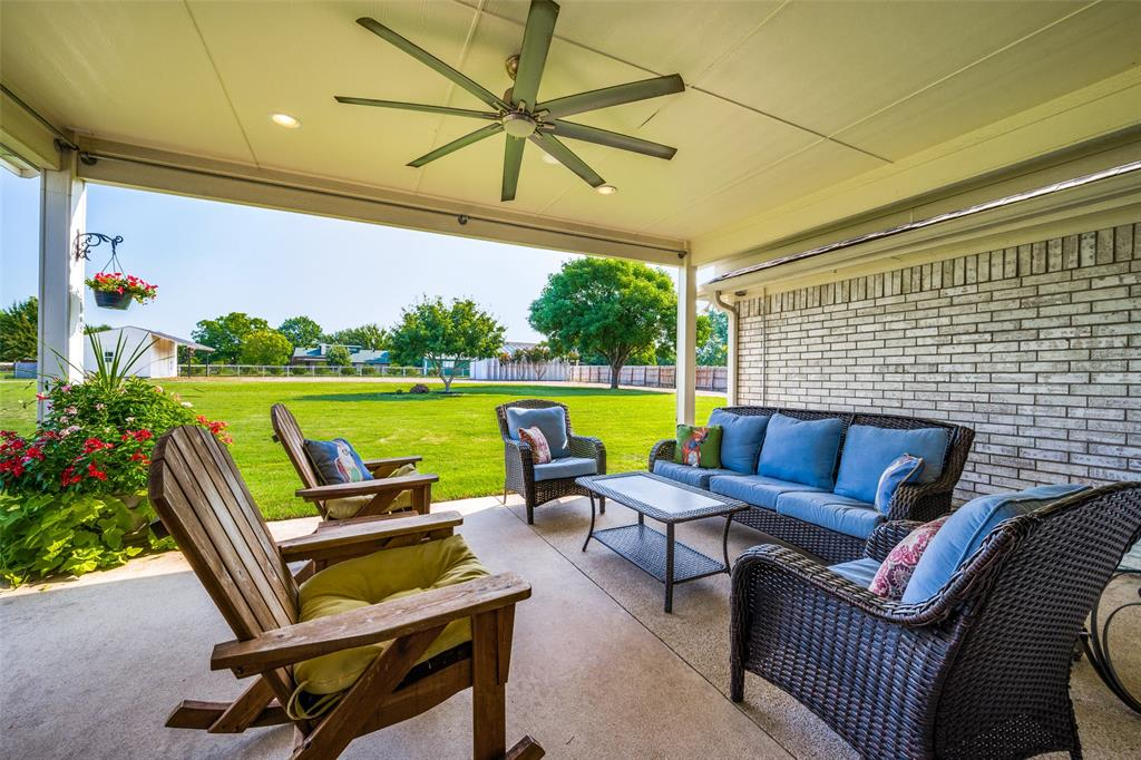 18B Grindstone  Drive, Prosper, Texas 75078 - acquisto real estate best photos for luxury listings amy gasperini quick sale real estate