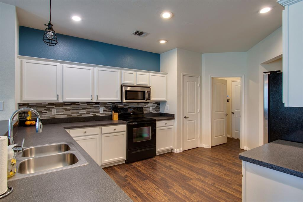 2032 Times  Road, Heartland, Texas 75126 - acquisto real estate best real estate company to work for