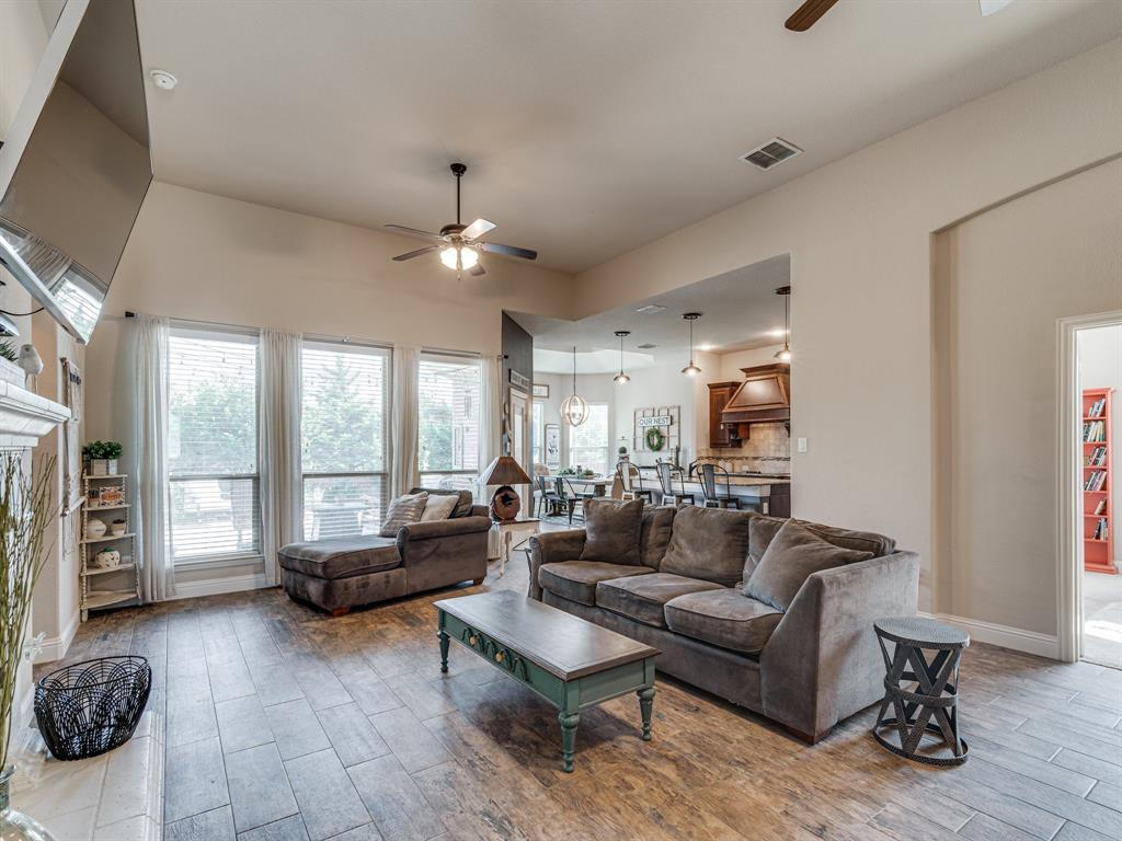 409 Hillstone  Drive, Midlothian, Texas 76065 - acquisto real estate best the colony realtor linda miller the bridges real estate
