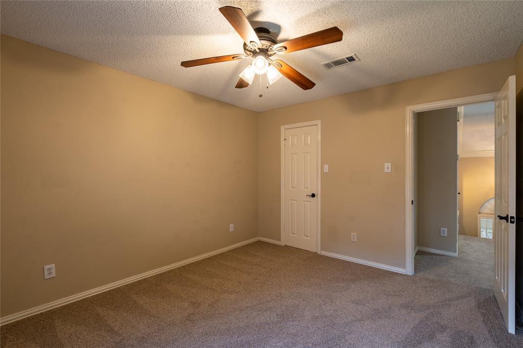 2647 Garden Ridge  Lane, Arlington, Texas 76006 - acquisto real estate best listing photos hannah ewing mckinney real estate expert