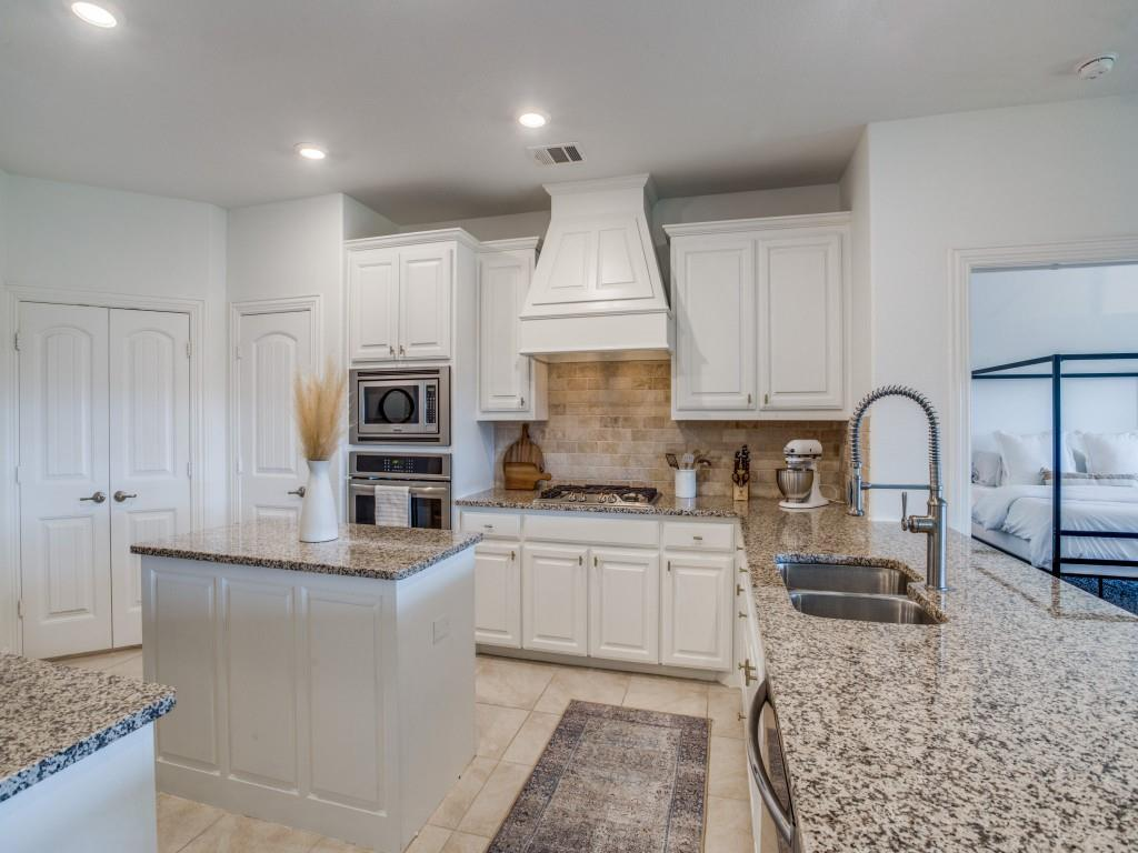 1020 Bluebird  Way, Celina, Texas 75009 - acquisto real estate best listing agent in the nation shana acquisto estate realtor