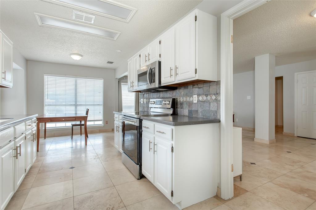 5118 Glen Vista  Drive, Garland, Texas 75044 - acquisto real estate best highland park realtor amy gasperini fast real estate service