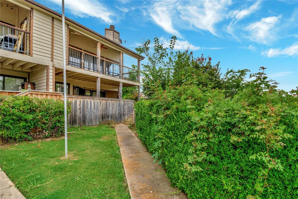 522 Yacht Club  Drive, Rockwall, Texas 75032 - acquisto real estate best realtor foreclosure real estate mike shepeherd walnut grove realtor