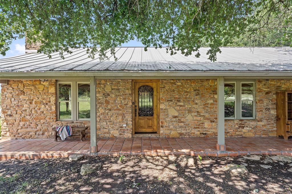 401 Sunset Acres  Lane, Florence, Texas 76527 - Acquisto Real Estate best frisco realtor Amy Gasperini 1031 exchange expert
