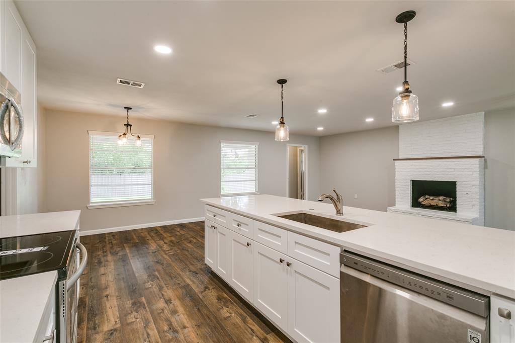 2108 Stonegate  Drive, Bedford, Texas 76021 - acquisto real estate best listing agent in the nation shana acquisto estate realtor