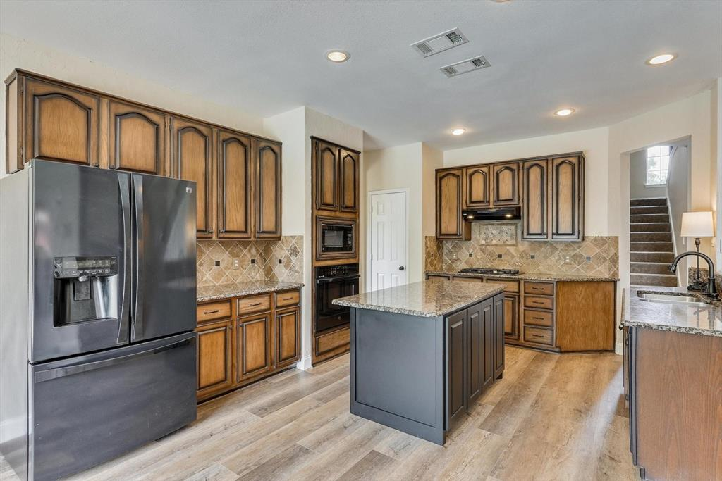 2124 Gisbourne  Drive, Flower Mound, Texas 75028 - acquisto real estate best listing listing agent in texas shana acquisto rich person realtor