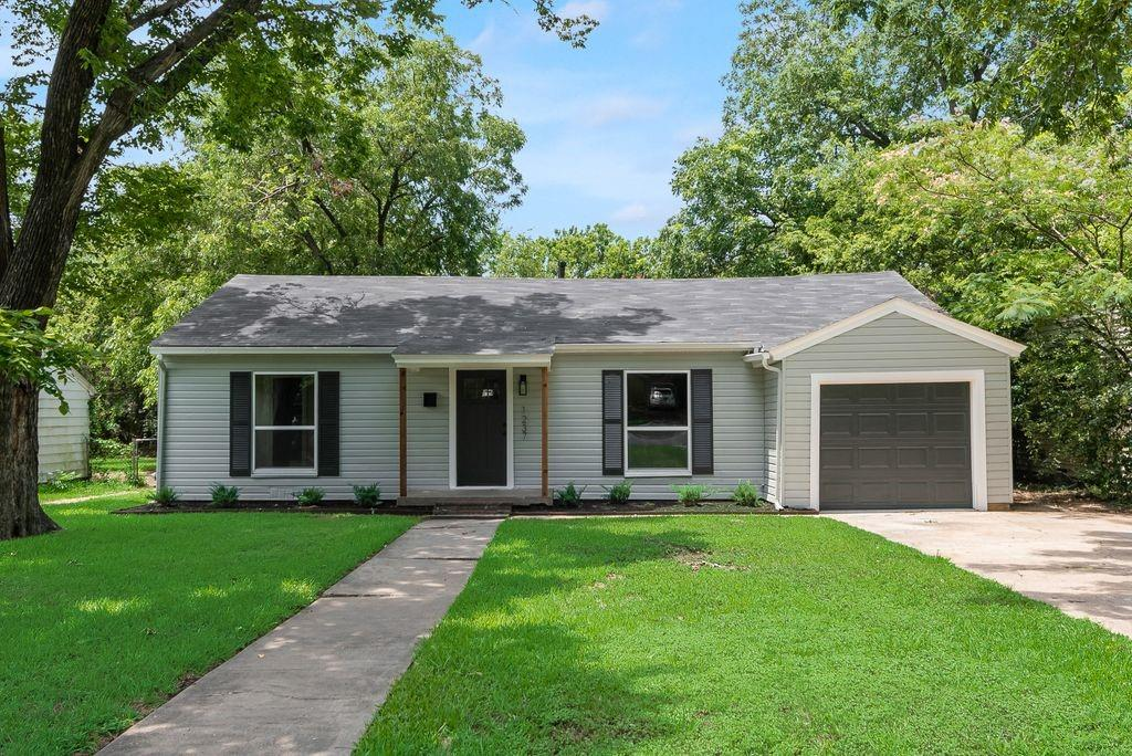 1237 Fuller  Drive, Dallas, Texas 75218 - Acquisto Real Estate best plano realtor mike Shepherd home owners association expert