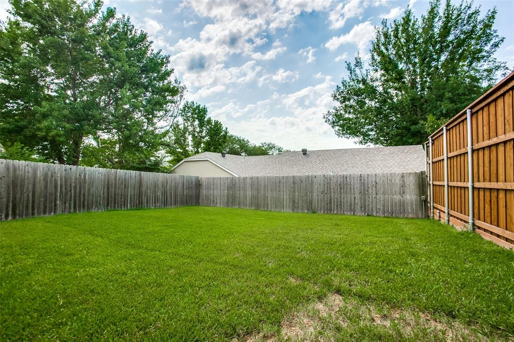2628 Glenmore  Drive, Mesquite, Texas 75150 - acquisto real estate best realtor foreclosure real estate mike shepeherd walnut grove realtor