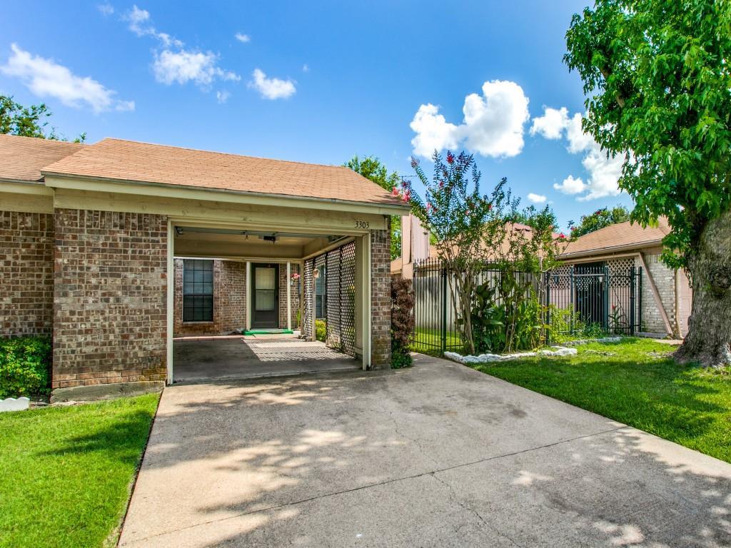 3303 Green Ridge  Street, Fort Worth, Texas 76133 - Acquisto Real Estate best frisco realtor Amy Gasperini 1031 exchange expert