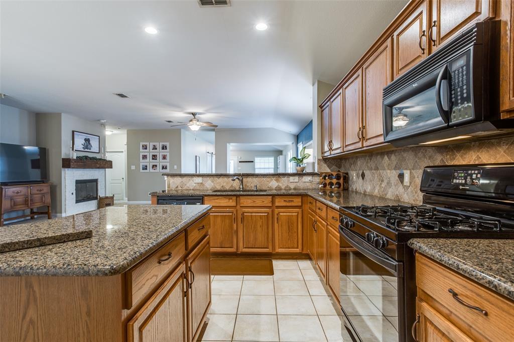2716 Calmwater  Drive, Little Elm, Texas 75068 - acquisto real estate best highland park realtor amy gasperini fast real estate service