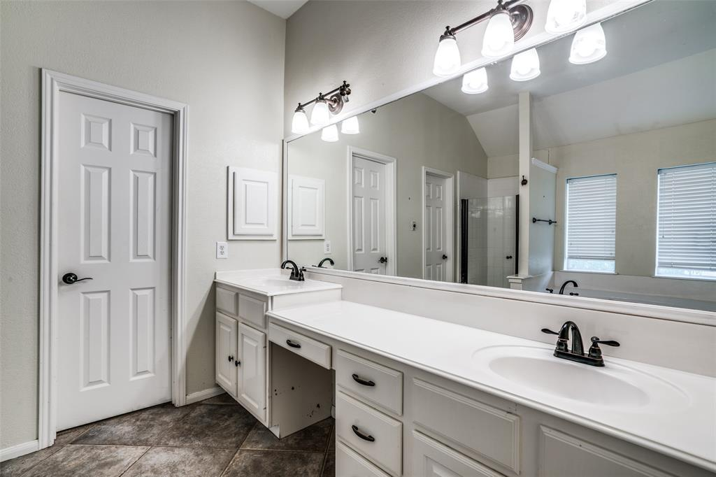 704 Creek Crossing  Trail, Keller, Texas 76248 - acquisto real estate best investor home specialist mike shepherd relocation expert