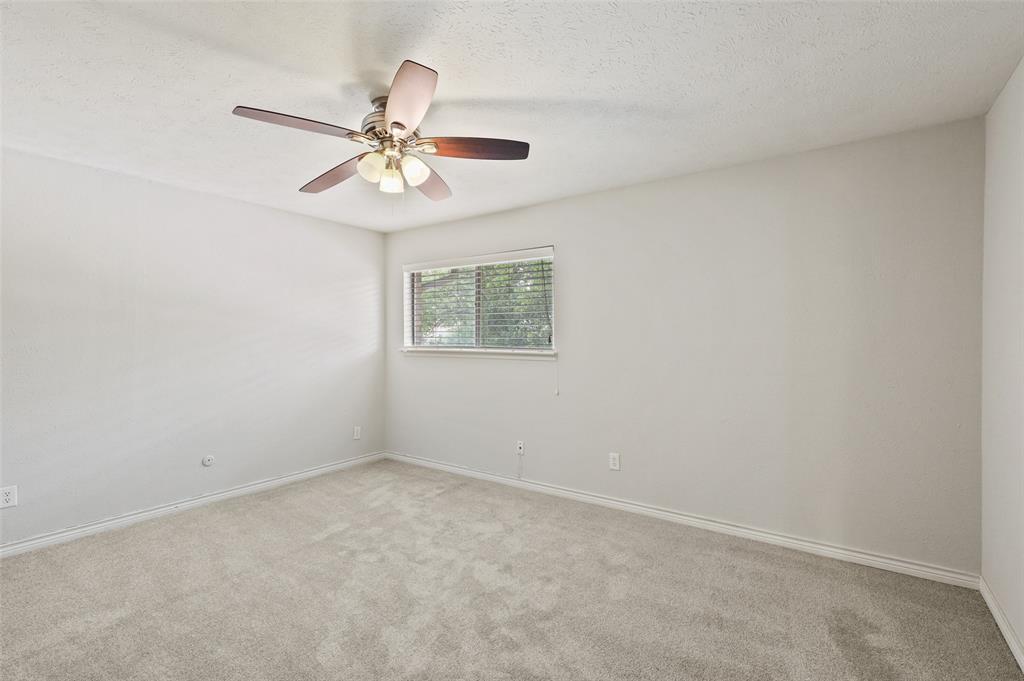 7609 Pebblestone  Drive, Dallas, Texas 75230 - acquisto real estate best realtor dallas texas linda miller agent for cultural buyers
