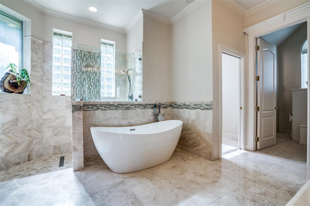 512 Holly  Court, Keller, Texas 76248 - acquisto real estate best designer and realtor hannah ewing kind realtor