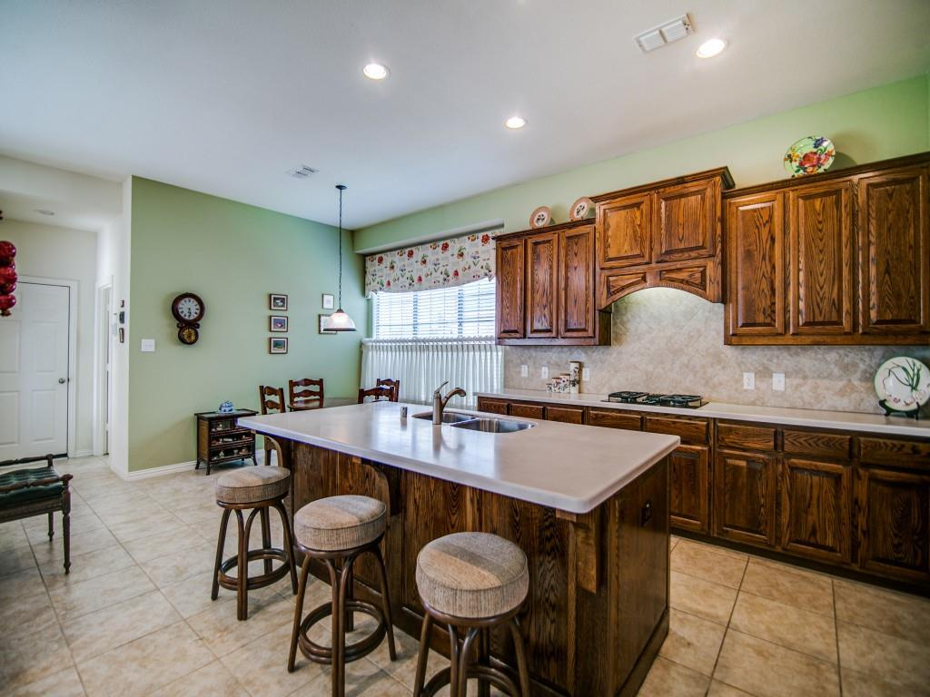 7619 Forest Ridge  Trail, Sachse, Texas 75048 - acquisto real estate best celina realtor logan lawrence best dressed realtor