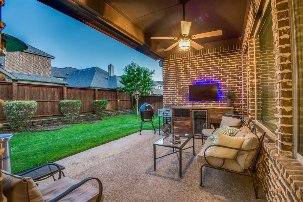 1124 Claire  Street, Lantana, Texas 76226 - acquisto real estate best realtor foreclosure real estate mike shepeherd walnut grove realtor