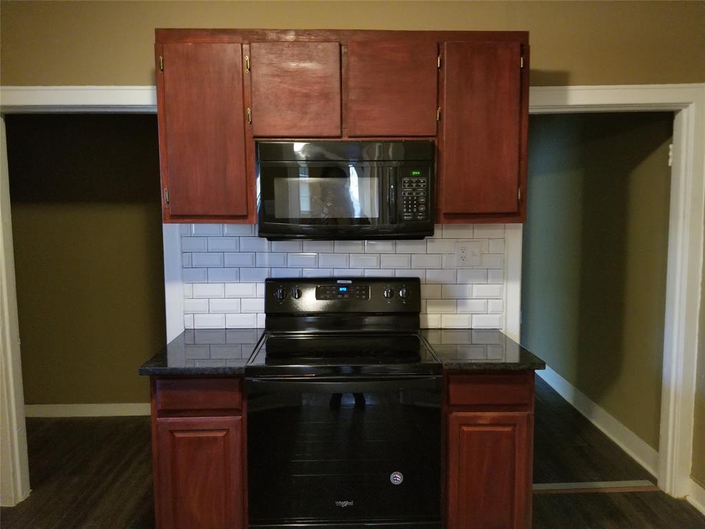 1633 Poplar  Street, Dallas, Texas 75215 - acquisto real estate best highland park realtor amy gasperini fast real estate service