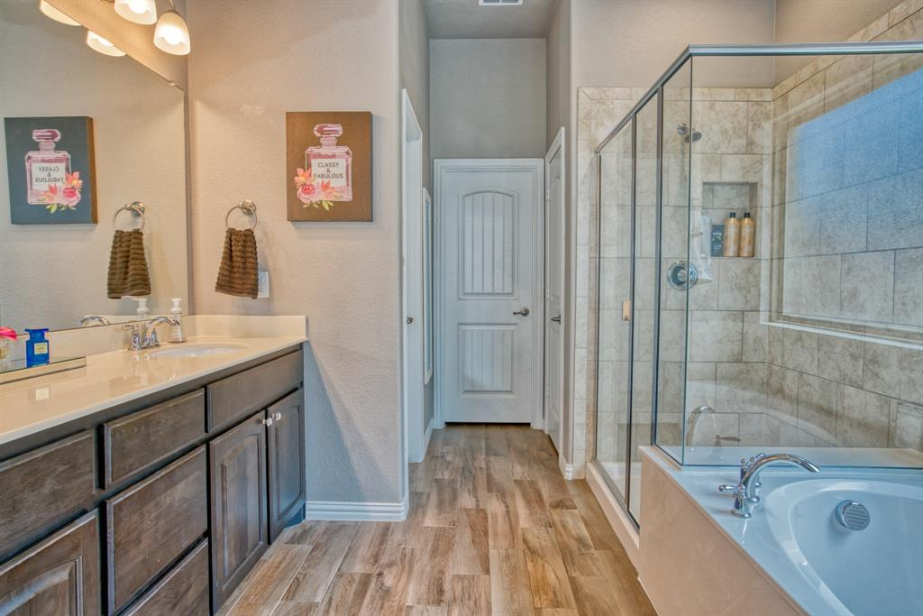 201 Mineral Point  Drive, Aledo, Texas 76008 - acquisto real estate best photo company frisco 3d listings