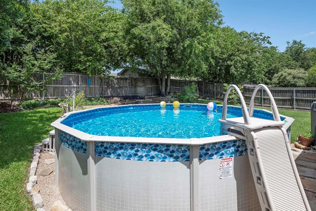 6809 Brookdale  Drive, Watauga, Texas 76148 - acquisto real estate best realtor dallas texas linda miller agent for cultural buyers