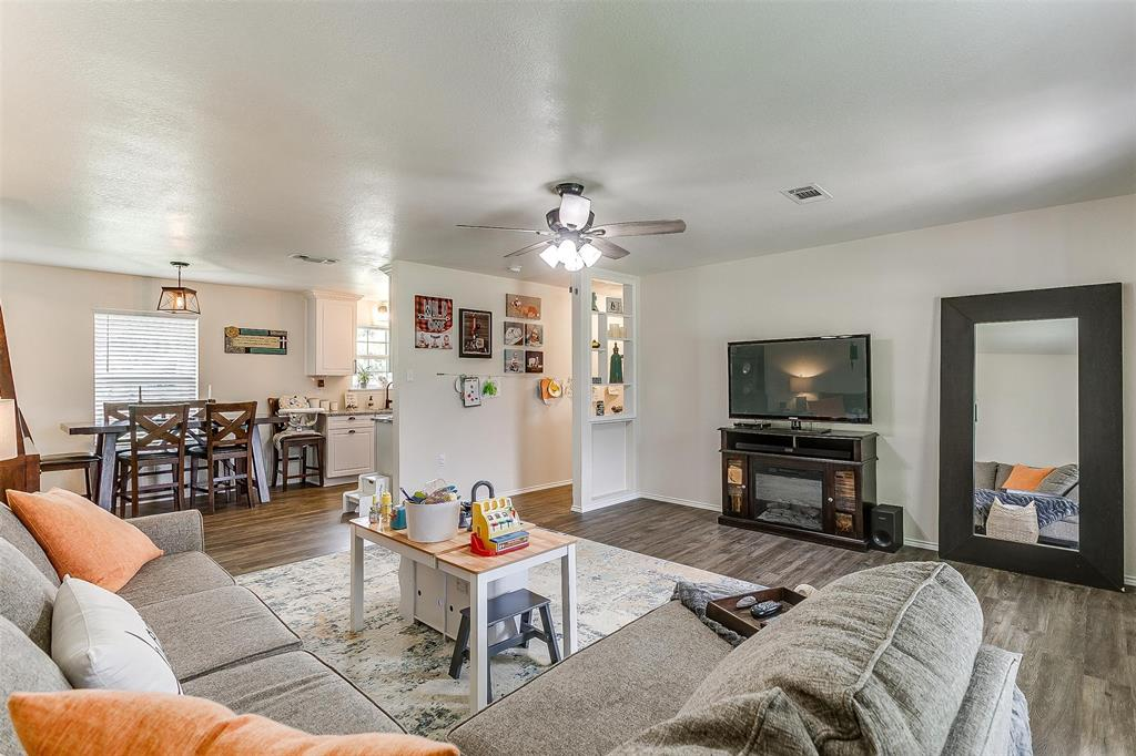 324 Howard  Road, Weatherford, Texas 76088 - acquisto real estate best highland park realtor amy gasperini fast real estate service