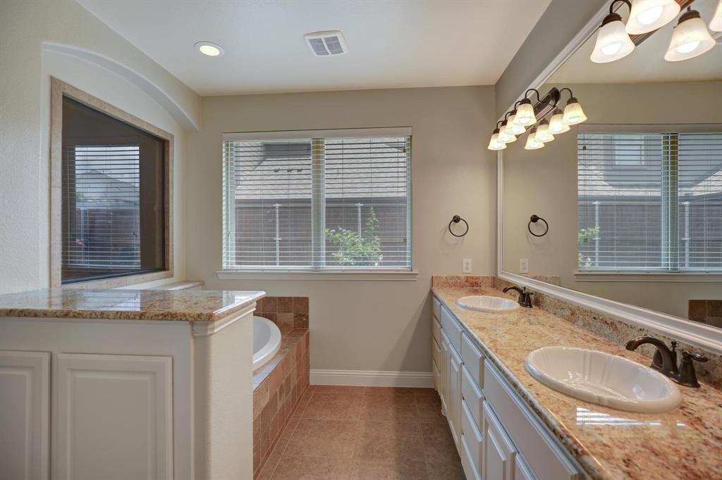 801 Quiet Oak  Lane, Prosper, Texas 75078 - acquisto real estate best investor home specialist mike shepherd relocation expert