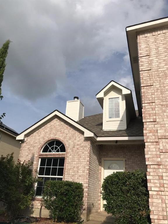 1006 Gallant Fox  Drive, Dallas, Texas 75211 - Acquisto Real Estate best frisco realtor Amy Gasperini 1031 exchange expert