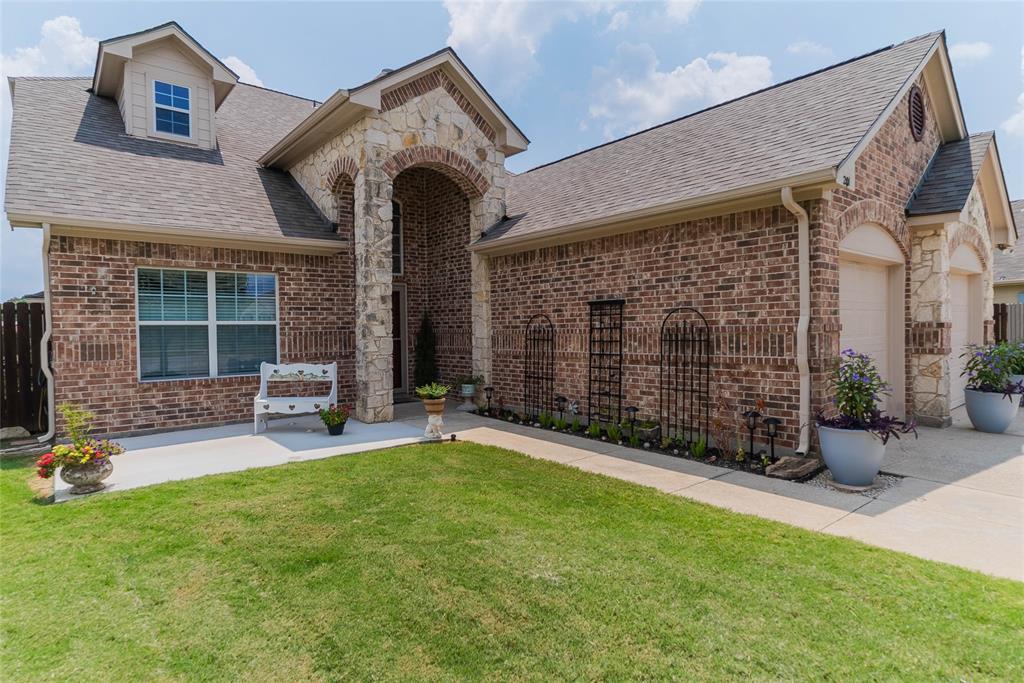 201 Glenview  Drive, Aubrey, Texas 76227 - Acquisto Real Estate best frisco realtor Amy Gasperini 1031 exchange expert