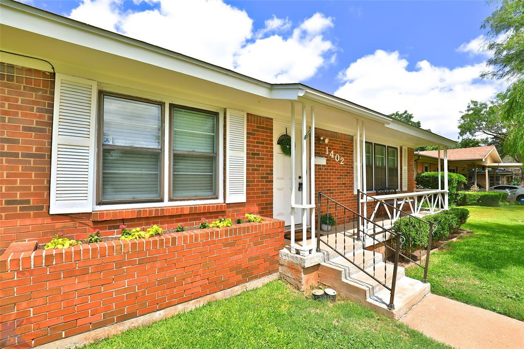1402 Glenhaven  Drive, Abilene, Texas 79603 - Acquisto Real Estate best plano realtor mike Shepherd home owners association expert