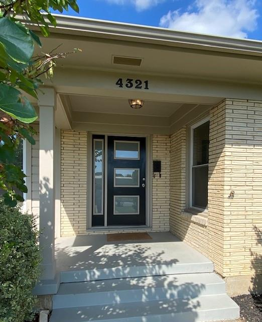 4321 Clay  Avenue, Fort Worth, Texas 76109 - Acquisto Real Estate best frisco realtor Amy Gasperini 1031 exchange expert