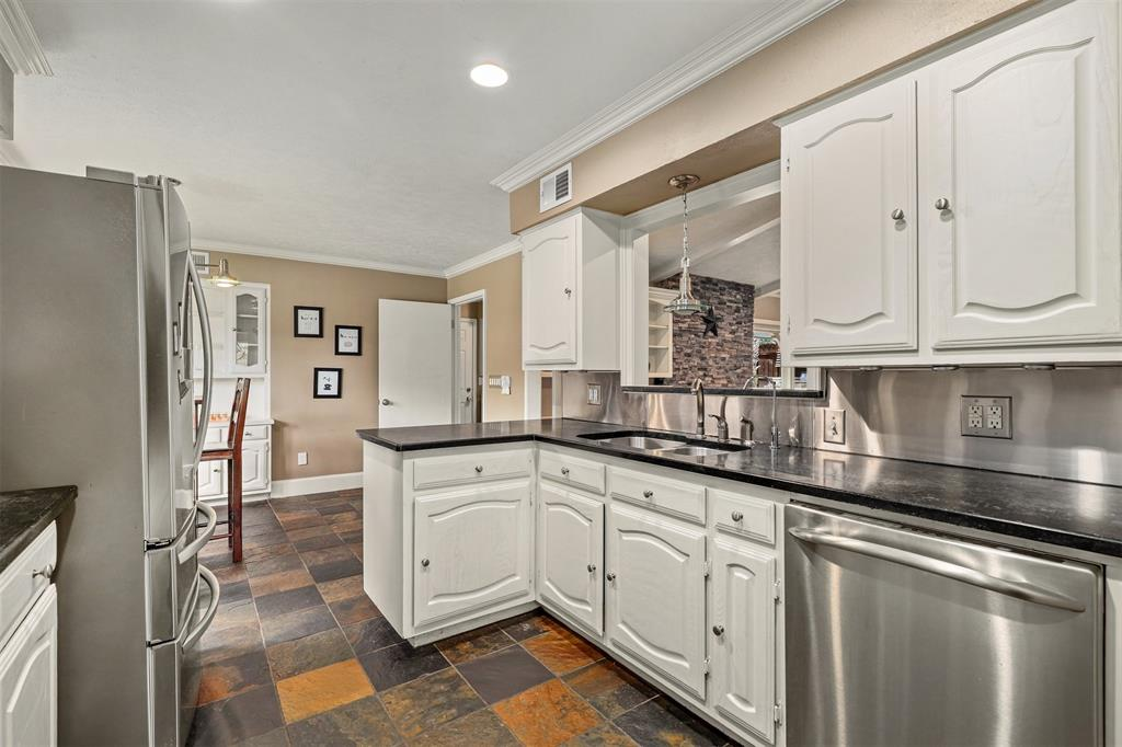 3207 Rotan  Lane, Dallas, Texas 75229 - acquisto real estate best real estate company to work for