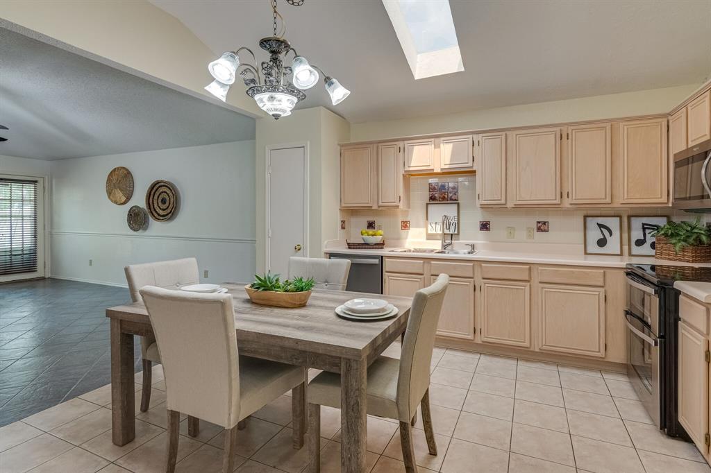 415 Sea Rim  Drive, Arlington, Texas 76018 - acquisto real estate best highland park realtor amy gasperini fast real estate service