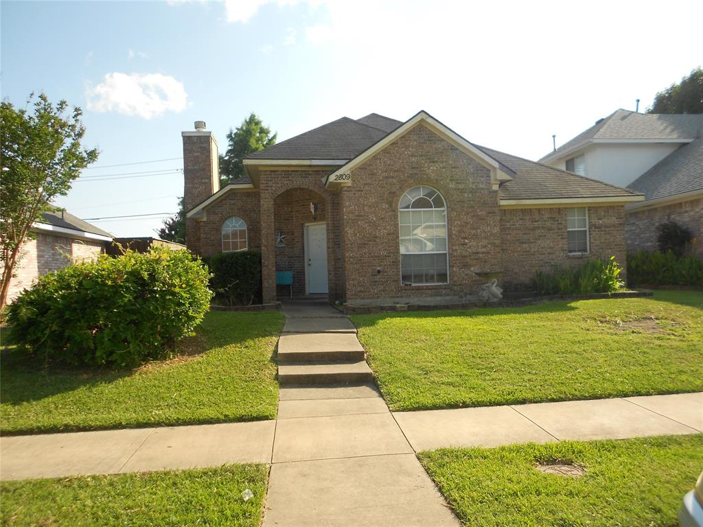 2809 Clearwater  Drive, Mesquite, Texas 75181 - Acquisto Real Estate best frisco realtor Amy Gasperini 1031 exchange expert