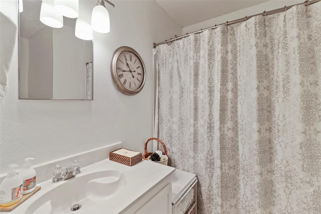 16600 Jasmine Springs  Drive, Fort Worth, Texas 76247 - acquisto real estate best luxury home specialist shana acquisto