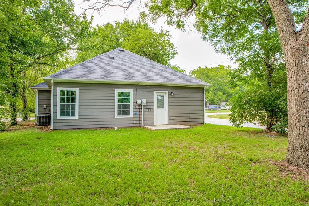 600 Johnson  Street, Denison, Texas 75020 - acquisto real estate best realtor foreclosure real estate mike shepeherd walnut grove realtor