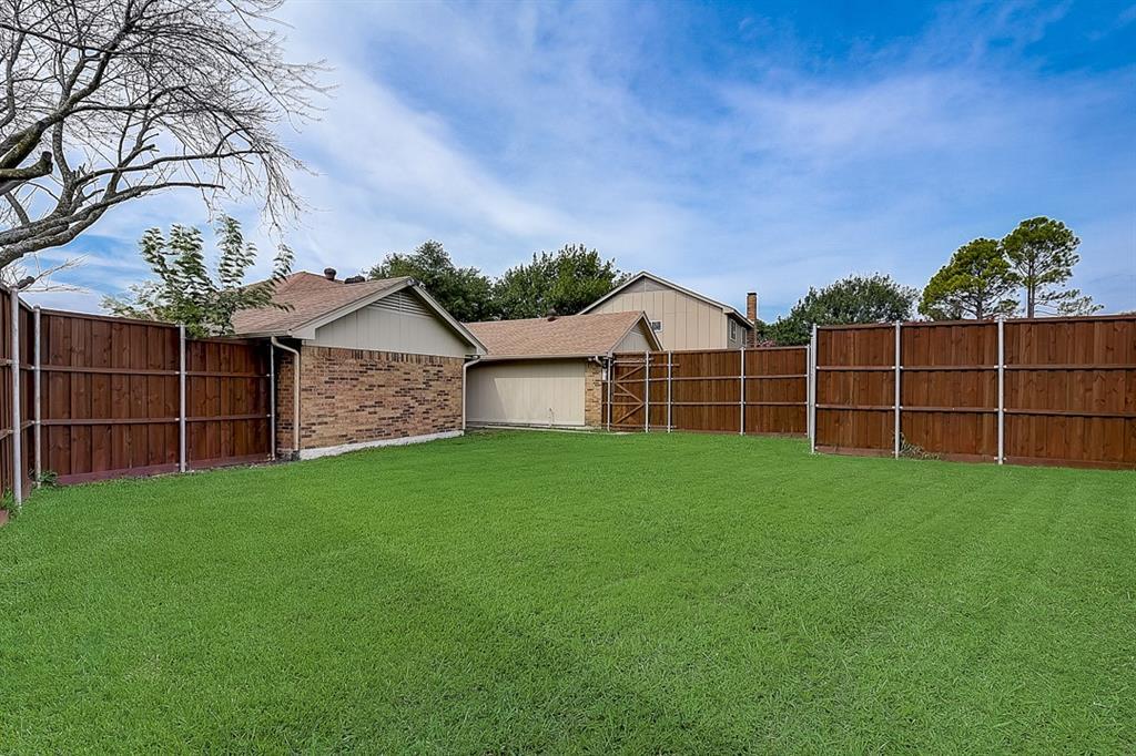 405 Kingsbridge  Court, Garland, Texas 75040 - acquisto real estate best negotiating realtor linda miller declutter realtor