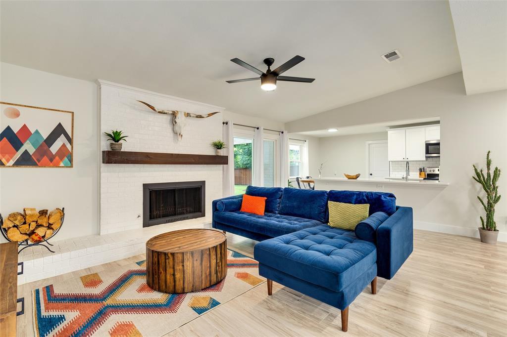3813 Kelvin  Avenue, Fort Worth, Texas 76133 - acquisto real estate best highland park realtor amy gasperini fast real estate service