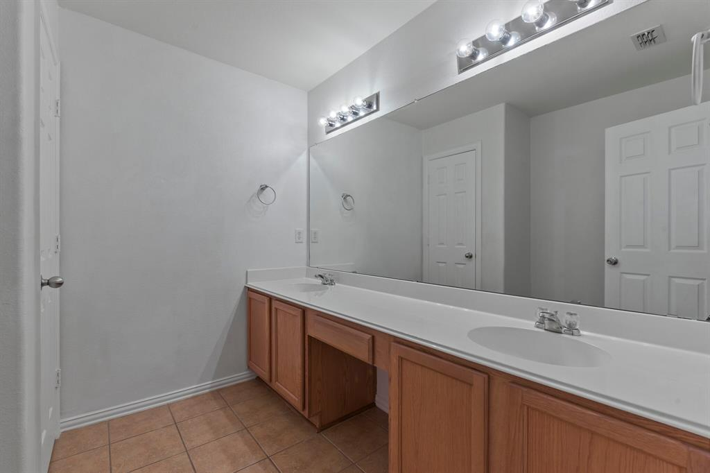 5829 Water Ridge  Court, Fort Worth, Texas 76179 - acquisto real estate nicest realtor in america shana acquisto