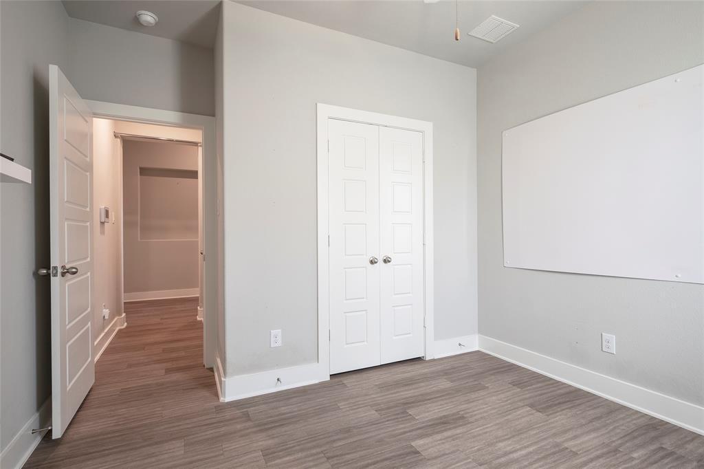 9 Bluebird  Lane, Sanger, Texas 76266 - acquisto real estate best realtor dfw jody daley liberty high school realtor